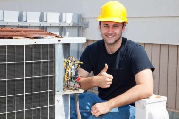 Можно ли осуществить замену розеток без электрика?