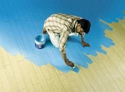 Как покрасить деревянный пол